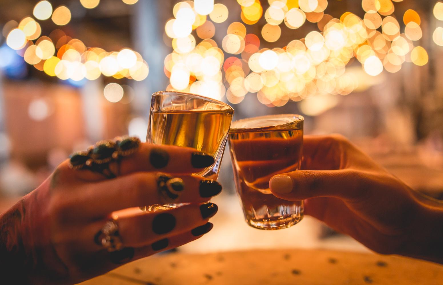 Shots Cheers – GSSM-2667
